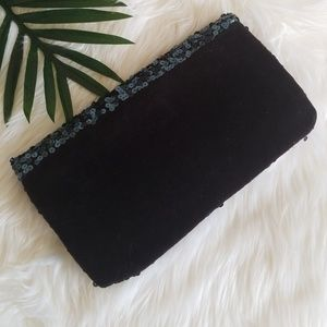 Juicy Couture Bags - Juicy Couture Daydreamer sequin clutch
